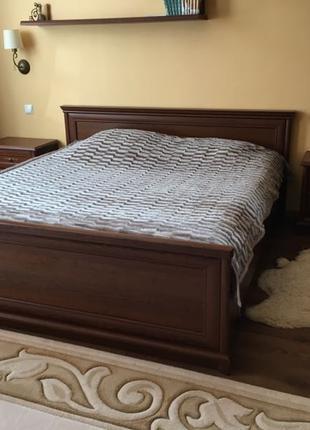 Продам спальню в комплекте Соната