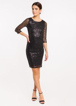 Продам новое женское блестящее праздничное платье в паетках