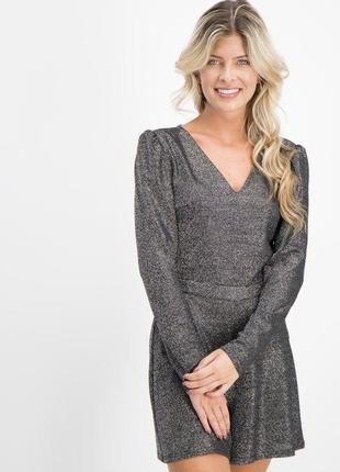 Продам новый женский блестящий праздничный комбинезон шорты