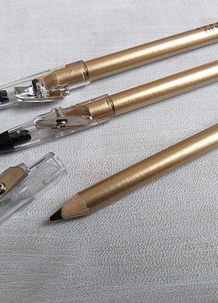 Контурный чёрный карандаш для глаз
