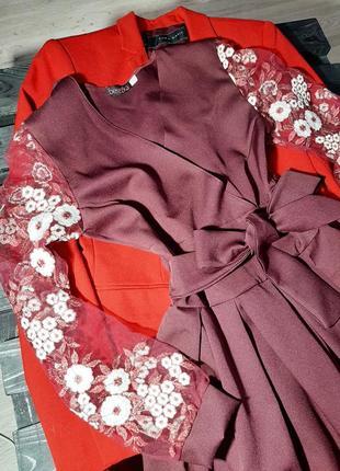 Нарядное платье с ажурным, кружевным рукавом