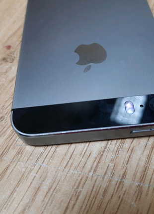 APPLE.  IPhone 5s 16 GB