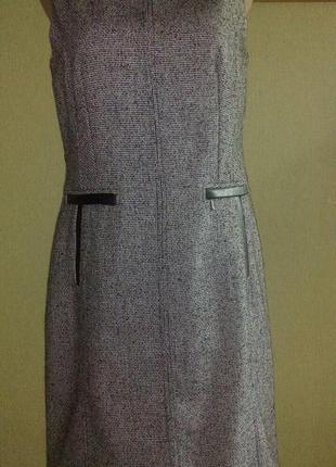 Платье  в деловом стиле ,с кожаными вставками