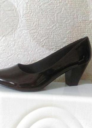 Удобные лаковые туфли comfort plus