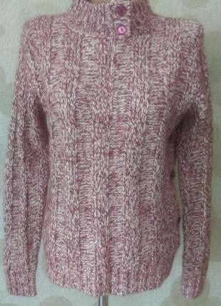 Шерстяной свитер на пуговицах с воротом стойкой