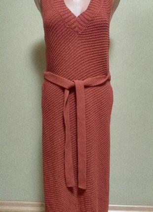 Красивый длинный жилет платье с поясом цвета терракот