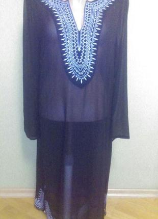 Красивое прозрачное платье  туника с вышивкой