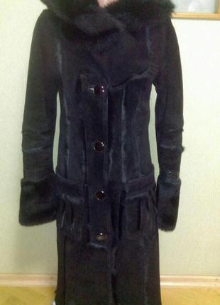 Шикарная натуральная  дубленка с капюшоном + замшевая курточка...