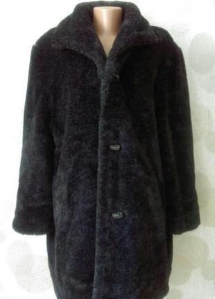Шикарная стильная шуба + пальто