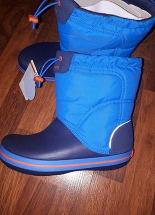 Зимние сапоги crocs j6-