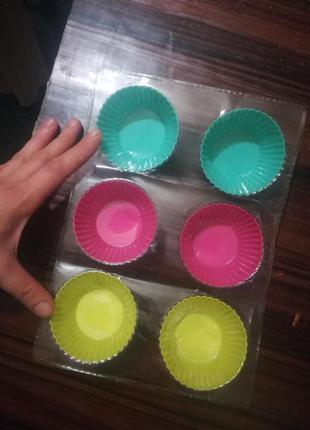 Набор силиконовых форм для кексов 6 шт
