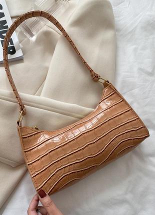 Лаковая сумочка багет (рыженькая)