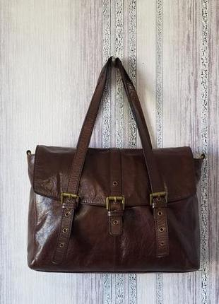Кожаная вместительная сумка портфель.