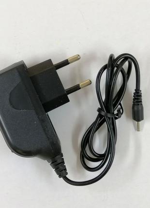 Сетевое зарядное устройство Nokia 6101 черное