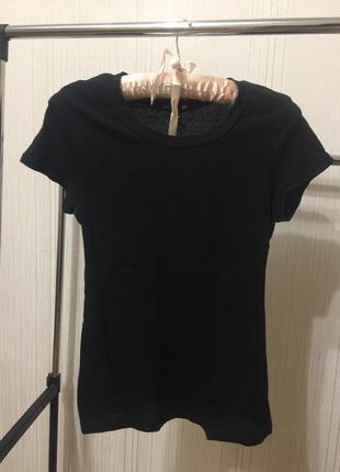 Базовая чёрная футболка h&m