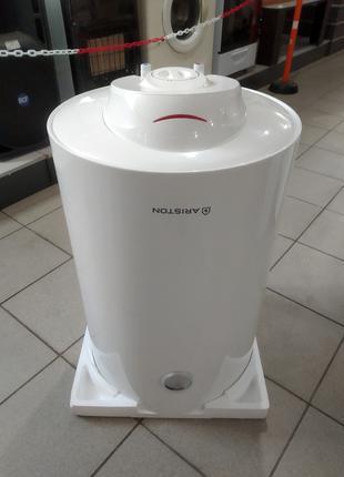 Бойлер (водонагреватель) ARISTON SB R 80 V