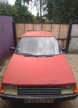 Автомобиль Заз 1102 Таврия