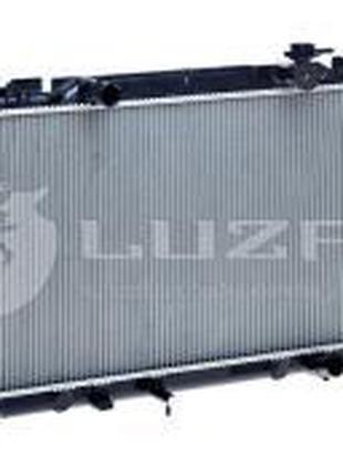 Радиатор охлаждения Toyota Camry (01-) MT (LRc 1970) Luzar Код...