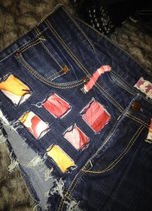 Джинсовые короткие шорты.370