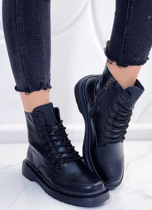 Кожаные ботинки на низком каблуке,ботинки на шнуровке,стильные...