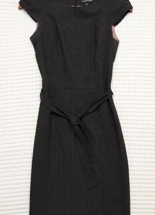 Классическое, деловое платье warehouse  в стиле prada