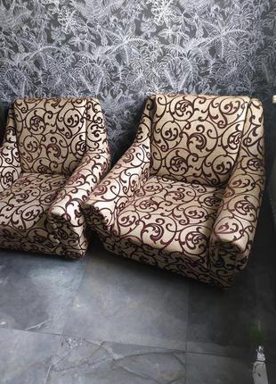 Чеські крісла