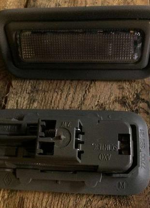Б/у плафон освещения салона Renault Megane Scenic 1, 7700835131,