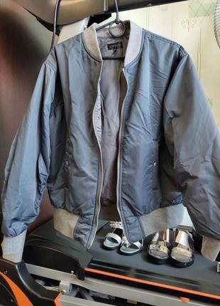 Курточка куртка бомбер