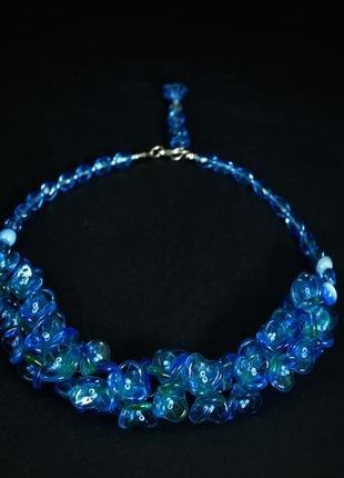 Голубое украшение