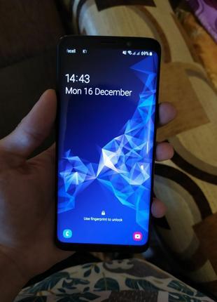 Срочно телефон Samsung galaxy s9