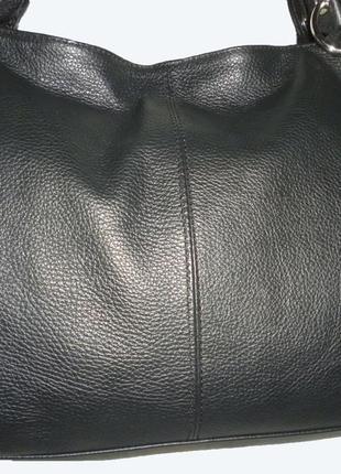 Стильная вместительная сумка из натуральной кожи