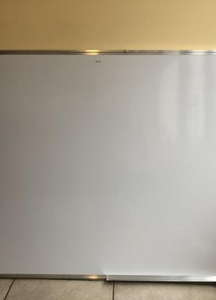Магнитно маркерная доска 120 на 90 см