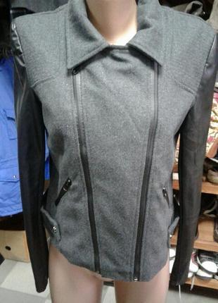 Стильная женская куртка/пальто