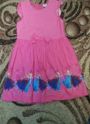 Платье  с эльзой 7л