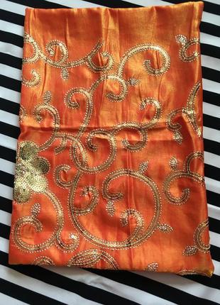 Декоративная наволочка оранжевая тафта в пайетки