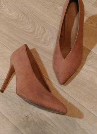 Туфли asos пудрового цвета, р.40