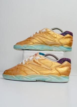 Reebok винтажные кожаные кастомизированые кроссовки в золотом ...