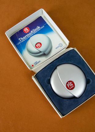 Инфракрасный термометр Termoklinik измеряет температуру тела н...