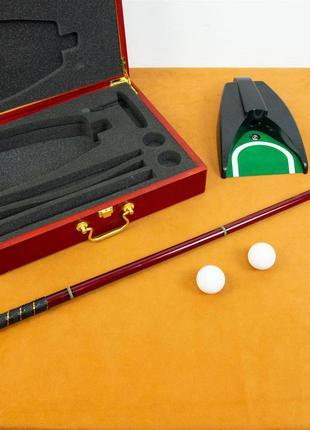 Набор игры в гольф (кейс, лунка, 2 мяча, клюшка)