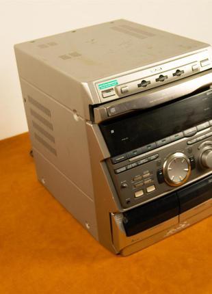 Стерео система Sony MHC-RXD7 (Срабатывает защита)