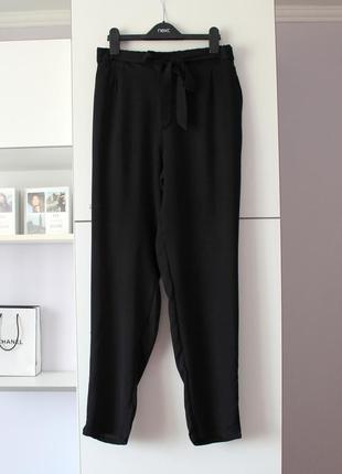 Легкие брюки бананы от chicoree