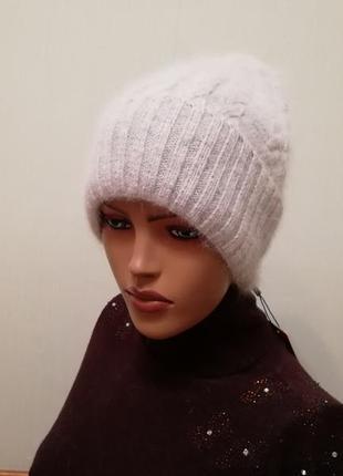 Классная шапка ангора светло-серый