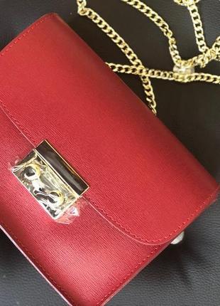 Кожаная сумка на цепочке (италия)