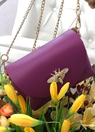 Маленькая кожаная сумочка италия