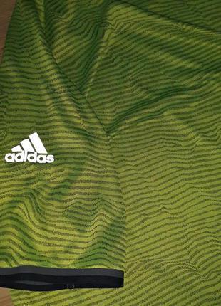 Adidas. футболка