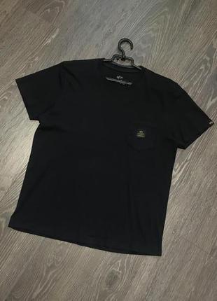 Супер футболка от alpha industries