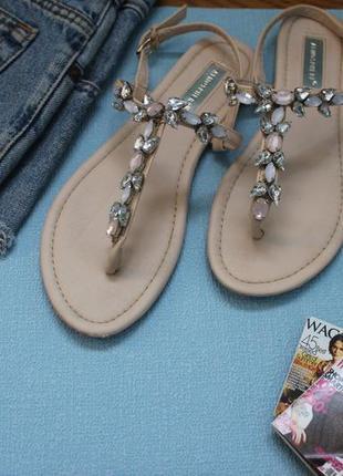 Босоножки/сандалии на низком ходу\плоской подошве нежно розовы...