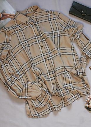 Стильная рубашка в клетка размер с