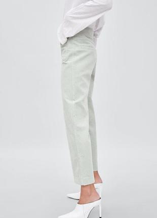 Zara вельветовые брюки с карманами