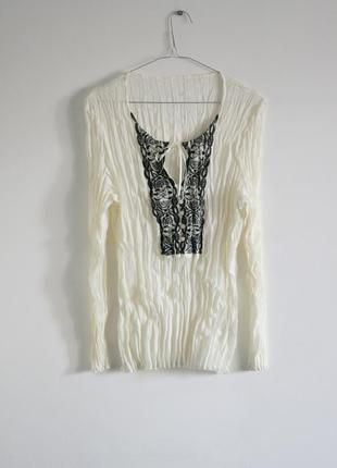 Блуза цвета слоновой кости с вышивкой